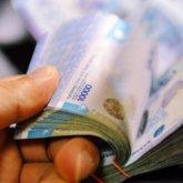 Чиновник в ВКО подозревается в получении взятки от подчиненного