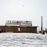 Неизвестные в масках напали на зимовку в Атырауской области