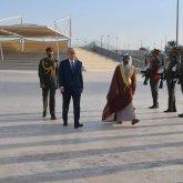 Президент оставил запись в Книге почетных гостей в ОАЭ
