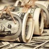 На 45,3% увеличился объем продаж долларов США обменниками в РК в 2019 году
