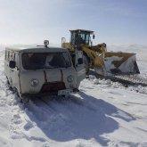 Спасатели эвакуировали пациентку на снегоходе в ВКО