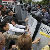 «Этот пункт будет пересмотрен» – Даурен Абаев об уведомительном характере митингов