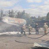 Газовые баллоны взорвались на складе в Алматы