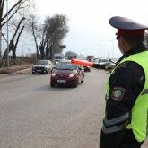 Полицейского отправили в тюрьму на год за взятку на блокпосту в Алматы