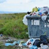 Казахстанцы жалуются на стихийные свалки и переполненные мусорные контейнеры