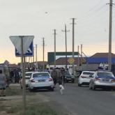 Атыраусцы отобрали маленькую девочку у пытавшегося ее похитить пьяного мужчины