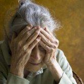 На одежду и ужины в ресторанах потратил внук пенсию бабушки в Экибастузе