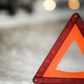 Водитель на авто сбил двух пешеходов в Караганде и скрылся