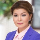 Дарига Назарбаева поздравила прославленный коллектив