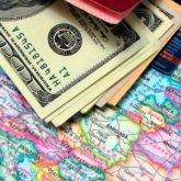 Казахстан не будет запрещать женам чиновников иметь счета за границей