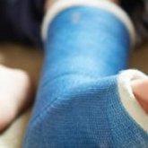 Девочка сломала ногу при странных обстоятельствах в детском саду в Алматинской области
