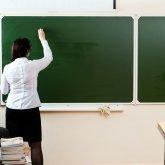 Зарплату повысят учителям и воспитателям в Казахстане