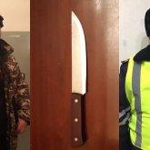 Появилось видео задержания квартиранта, напавшего с ножом на хозяйку дома в Алматы