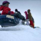 Сотни детей пострадали после катания на горках в Павлодаре