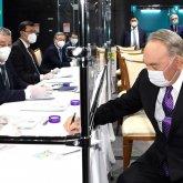 Нурсултан Назарбаев проголосовал на выборах депутатов от Ассамблеи народа Казахстана