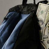 Рюкзак с кучей денег забыла пассажирка в автобусе Семея