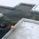 В Уральске пенсионер пришел набрать воды в проруби и умер