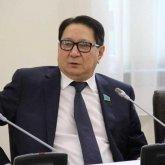 Сотни тысяч казахстанцев ждут правил использования пенсионных выплат – депутат