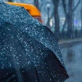 Сильные дожди и снег пройдут на юге и востоке Казахстана