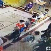 Воспитательжестоко таскала за волосы 4-летнюю девочку в Атырауской области