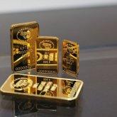 Более 2,8 тысячи золотых слитков приобрели казахстанцы в марте