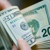 Каким будет курс тенге к доллару в 2021 году, рассказали в Правительстве