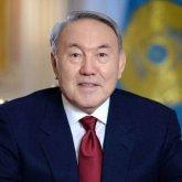 Нурсултан Назарбаев поздравил казахстанцев с Днем единства народа