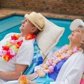 Столичные пенсионеры выиграли путевку за рубеж, но вместо отдыха отправились в полицию