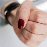 Жительница Щучинска приревновала мужчину к своей дочери, девушка избила мать