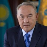 Назарбаев поздравил казахстанцевс праздником Ораза айт