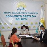 Депутат Nur Otan помогла пришедшим на прием жителям Кентау