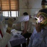 Большинству зараженных «черной плесенью» удалили глаза в Индии – СМИ