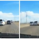 «Камикадзе»: бешеные гонки устроили водители на трассе в Атырау
