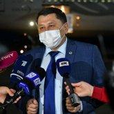 Жандарбек Бекшин встретил первую партию китайской вакцины против коронавируса