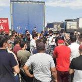 «Отстаньте от дальнобойщиков!»: Комитет партийного контроля «Nur Otan» отреагировал на введение платных дорог