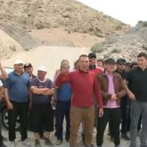 Сельчане заблокировали дорогу к карьеру в Алматинской области