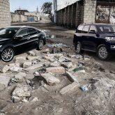 Воды нет, люди на грани, а акимат арендует авто на сотни миллионов