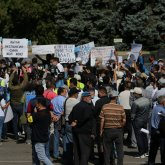 «Чуть ли не каждую неделю проводят»: Сагинтаев высказался о митингах в Алматы