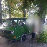 Днем возил хлеб, а ночью громил могилы: вандал орудовал в Алматинской области