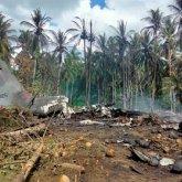 Военные обнаружили бортовой самописец разбившегося на Филиппинах самолета