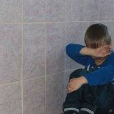 Директора школы, где насиловали 7-летнего мальчика отстранили от должности в Актобе