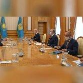 Касым-Жомарт Токаев поблагодарил российского губернатора за поддержку астраханских казахов