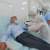 Даниал Ахметов стал донором иммунной плазмы