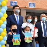 Первый «Ы» класс: когда будет решена проблема переполненности казахстанских школ