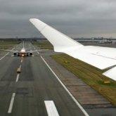 У самолета отказал двигатель после вылета из Алматы
