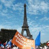 150 тысяч недовольных: французы массово протестуют против аналога Ashyq