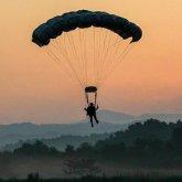 Военнослужащий прыгнул с парашютом и погиб в Алматинской области