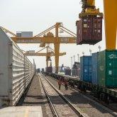Ситуация на контроле: в КТЖ рассказали о грузовых перевозках на границе с Китаем