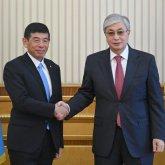 Президент Казахстана встретился с генсеком Всемирной таможенной организации