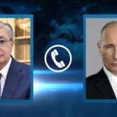 Касым-Жомарт Токаев поздравил Владимира Путина с днем рождения